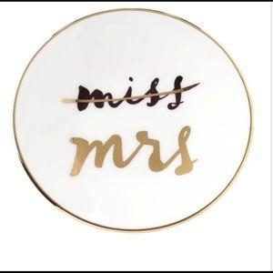 Kate Spade Mrs Bridal Party Ring Dish